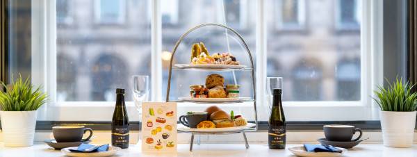 Cafe Portrait - Indulgent Prosecco Afternoon Tea for Two